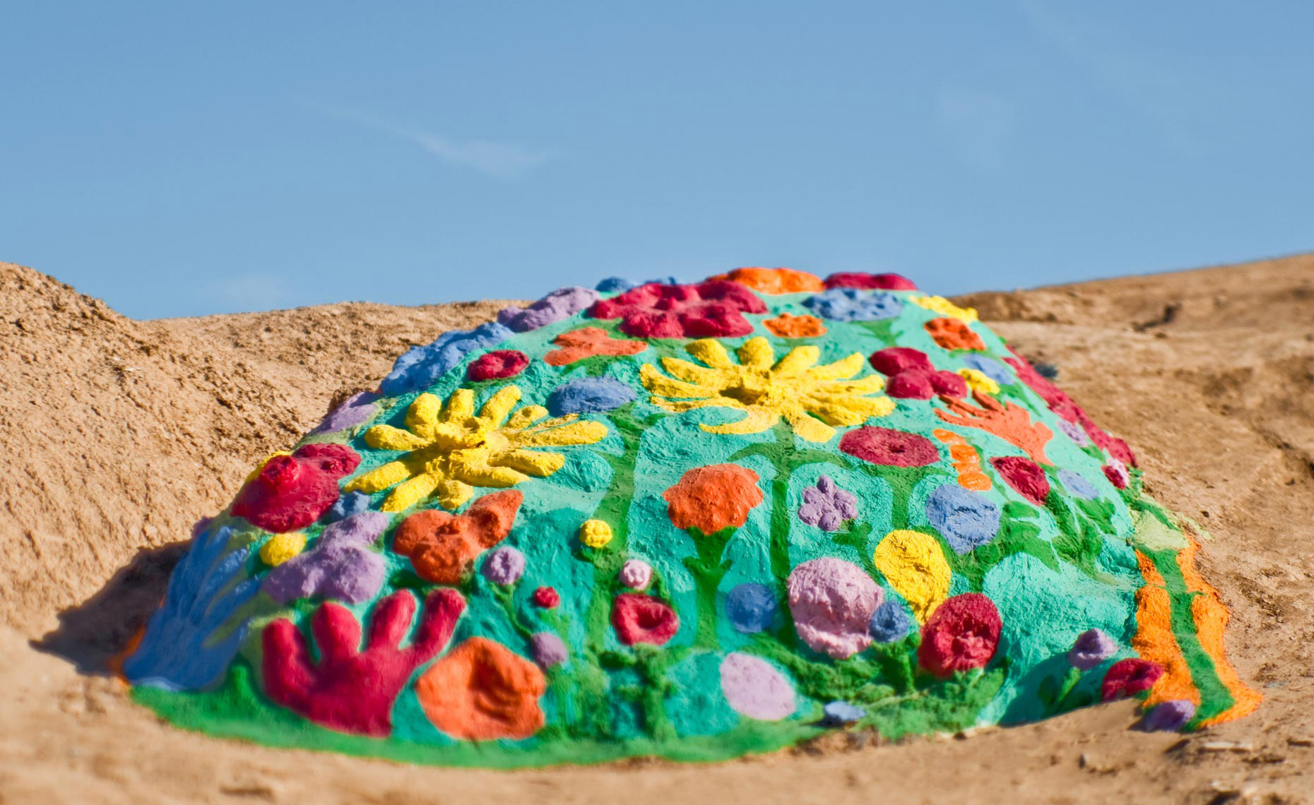 salvation_mountain_08